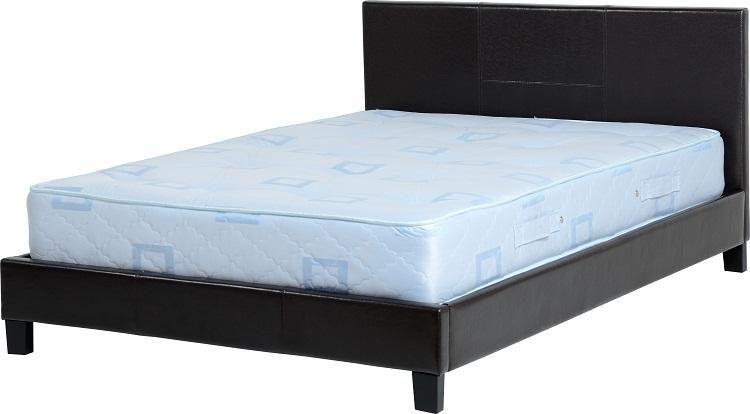 Prague 4'6″ Bed