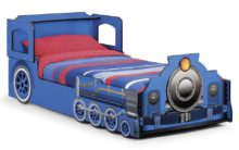 Tommy Train Bed